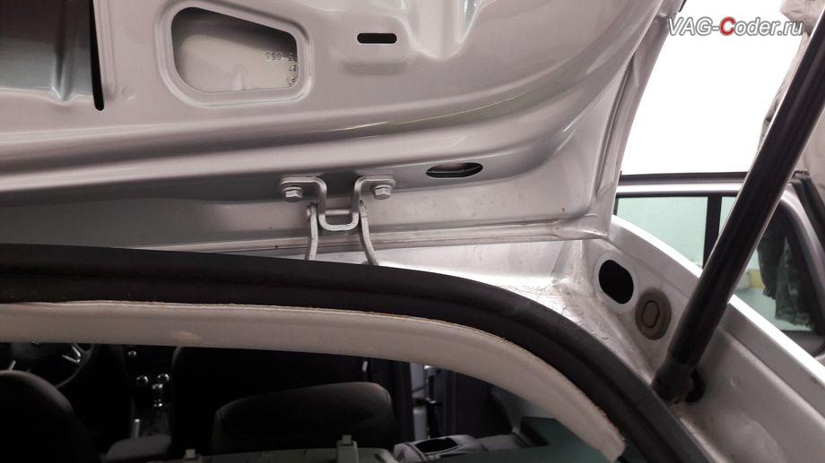 Skoda Octavia A7 Scout-2015м/г - подготовка к установке оригинальной камеры заднего вида без динамических траекторий с омывателем от VAG-Coder.ru